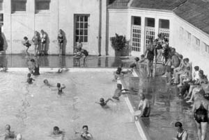 Manuka Pool is Canberra's oldest and most-loved pool.