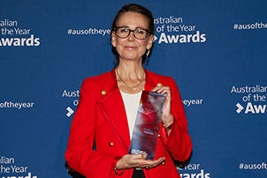 Virginia Haussegger, 2019 ACT Australian of the Year with her award.