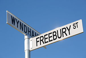 Close up of Freebury Street street sign